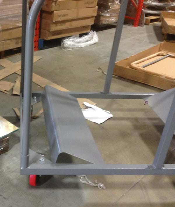 Round Table Cart Attaching Poles 2