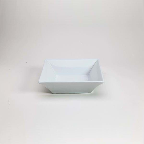 """Picture of Quadrato 9"""" Shallow Square Bowl"""